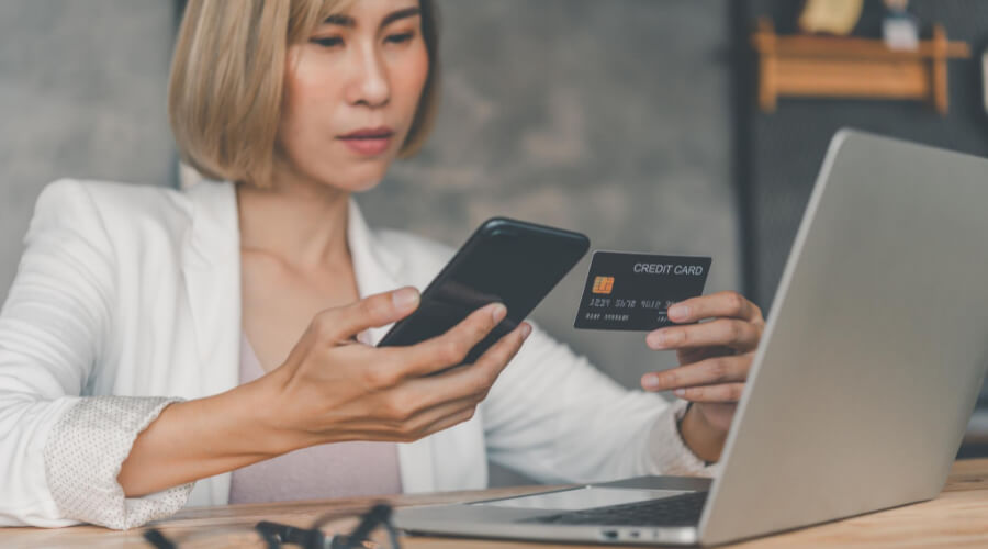 How To Avoid Online Credit Card Fraud